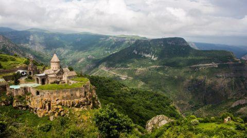 manastirea-tatev-smara