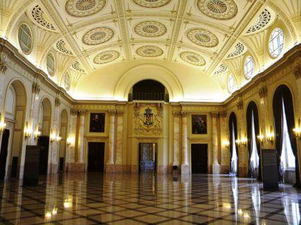 bucuresti_romania_palatul_regal_muzeul_national_de_arta_al_romaniei_-_pavilionul_sala_tronului_-_sala_tronului_interior_1__b-ii-m-a-19856