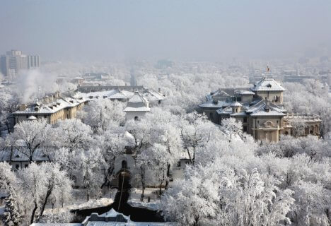 winter-cotroceni-palace-bucharest-romania