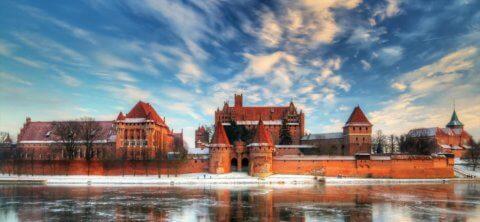 castelul malbork polonia