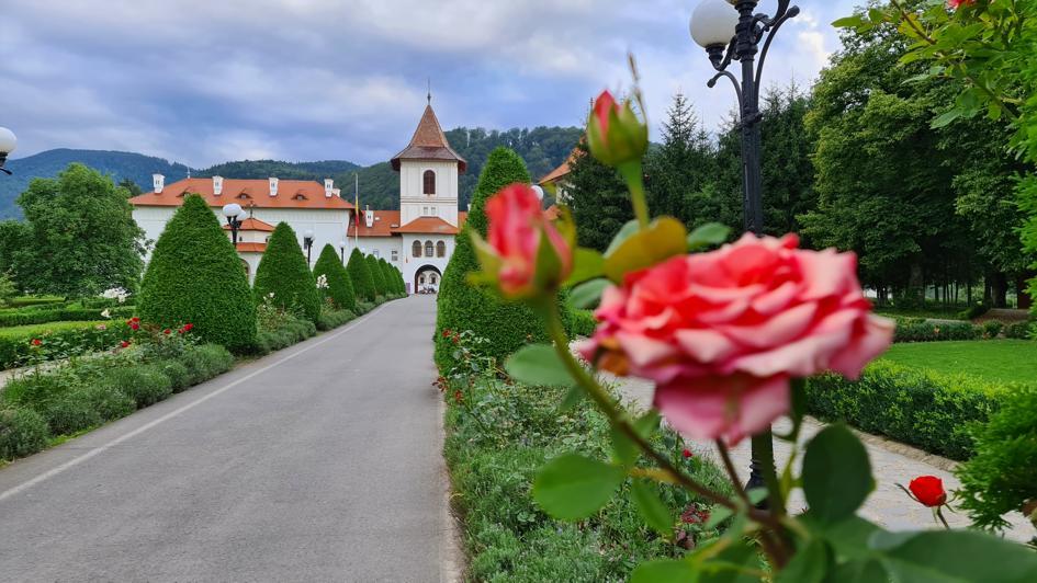 Mănăstirea Sâmbăta Țara Făgărașului
