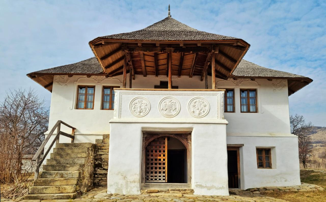 Ținutul Buzăului Casa cu blazoane din Chiojdu, Buzău