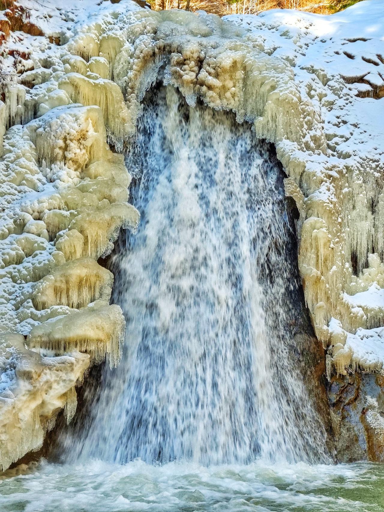 Ținutul Buzăului Cascada Pruncea (Cașoca)