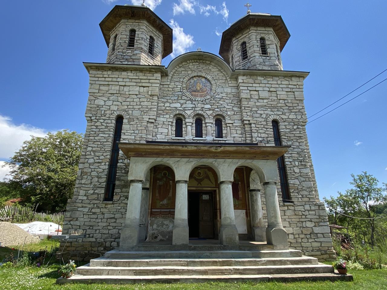 biserica marmura
